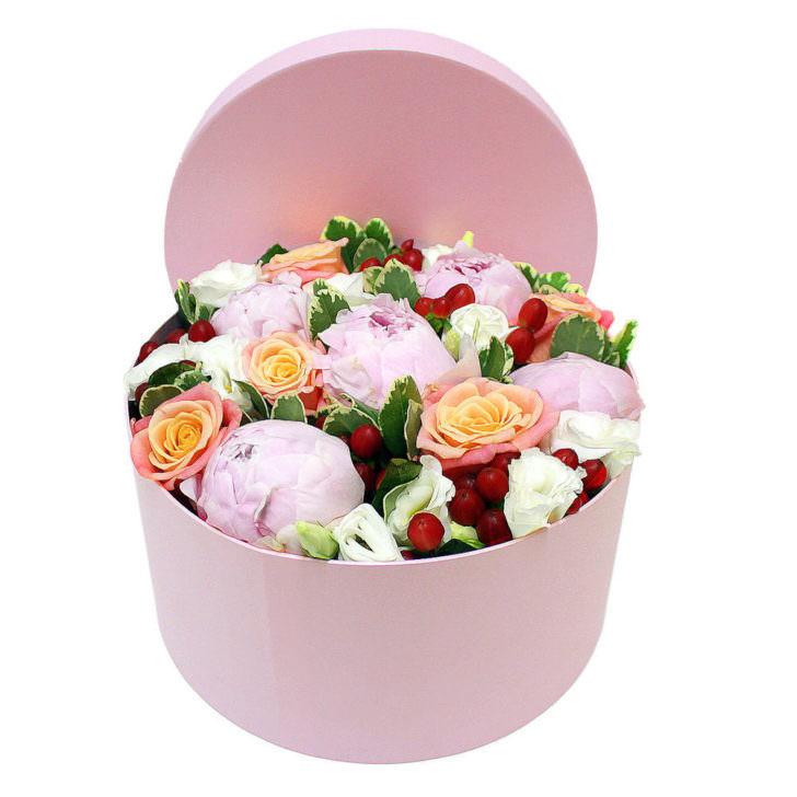 """Цветы в коробке """"Ванильное облако"""""""